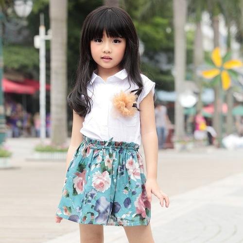 外景童装模特拍摄