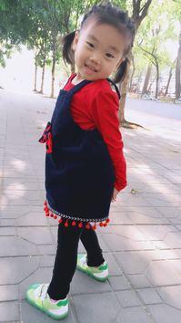 童星岑泓萱